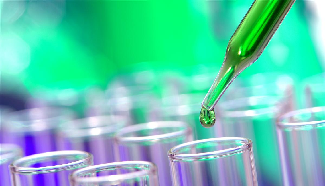 Pipette with Green Liquid - HRS Fine Chemicals