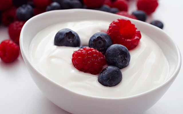 Beries in Yogurt - HRS Food Applications